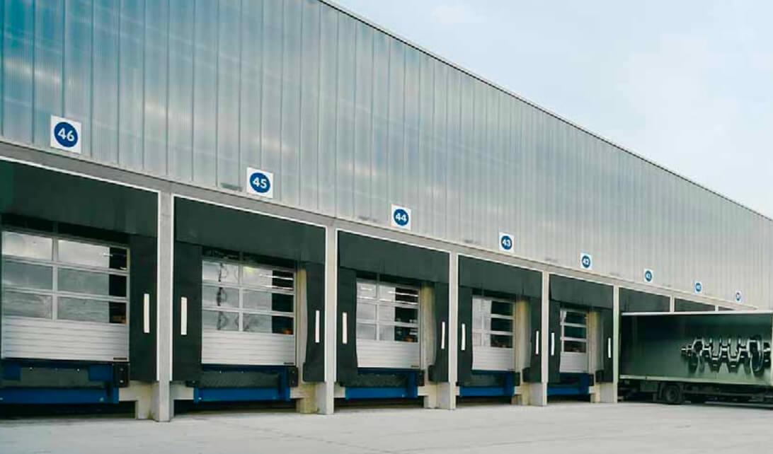 bedrijfsdeuren-sectionaaldeuren-industriedeuren-friesland
